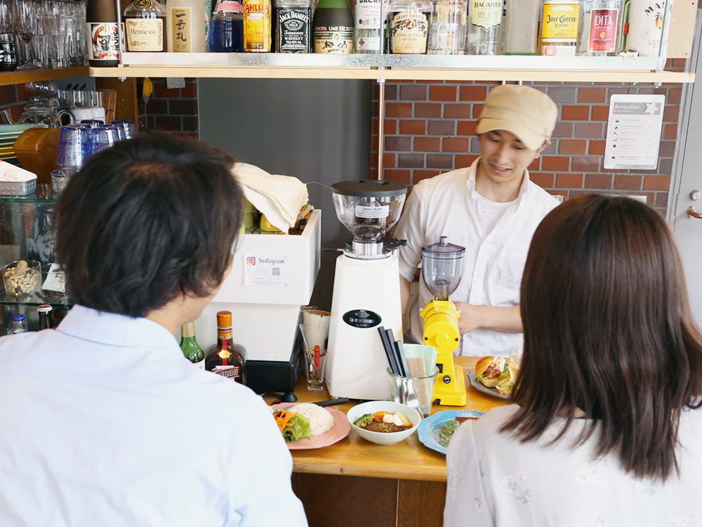 CAFE - COUNTER